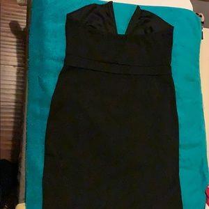 Windsor Dresses - Hot short Dress with a plunging V-Neckline